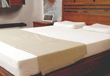 床墊PCHOMEMOMOYAHOORAKUTAN床墊脊椎床墊減壓床墊遠勝席夢思VOVO脊椎床墊睡眠減壓床墊GELBEDSGEL床墊